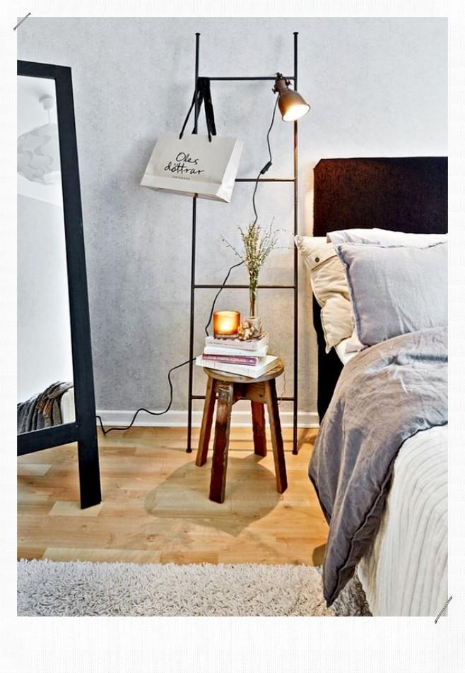 Echelle accroche lampe