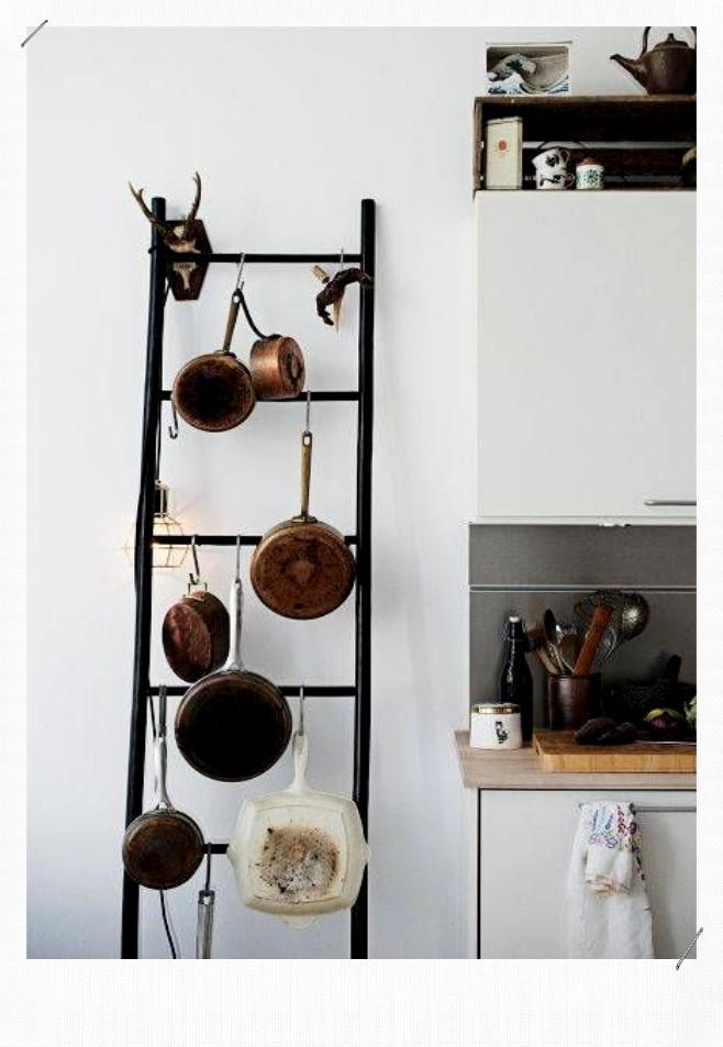 échelle porte casseroles