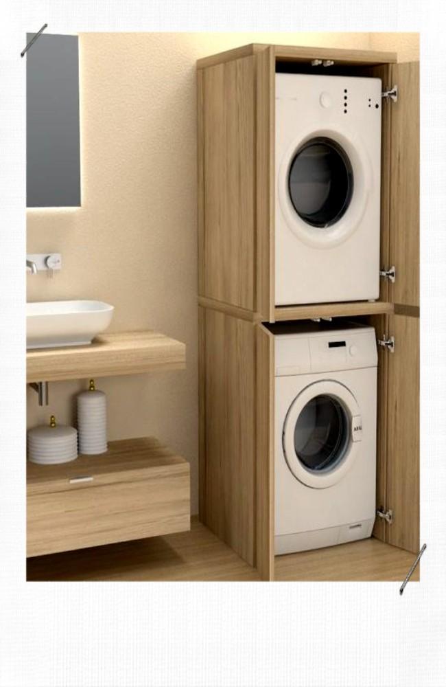 Machine à laver dans salle de bain